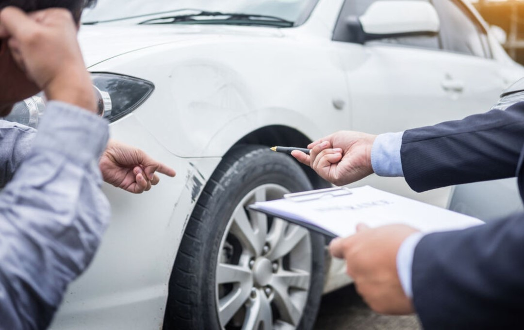 Car dealers & repairs shops